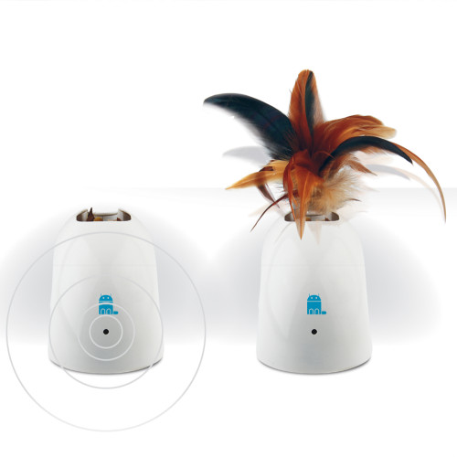 GIGWI Feather Hider Pet Droid