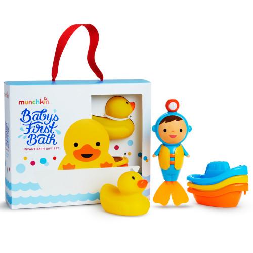 Munchkin Babys First Bath Gift Set