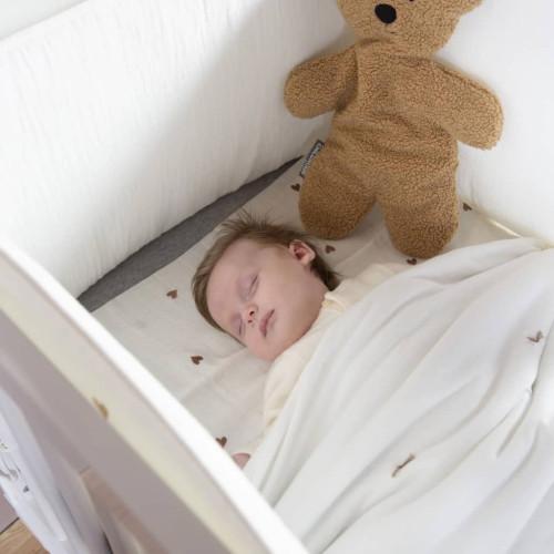 CHILDHOME CHILDHOME Sängskydd 35x170 cm jersey och muslin med hjärtmotiv